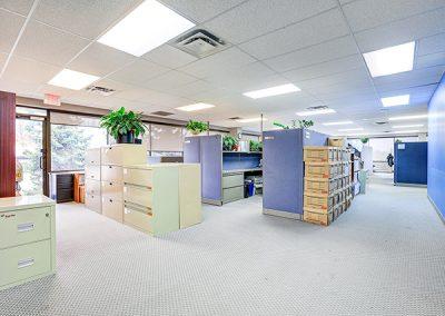 5080 Commerce_Hallway
